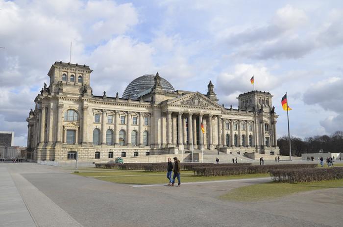 Berlin - ładne budynki i miasto w budowie (1)