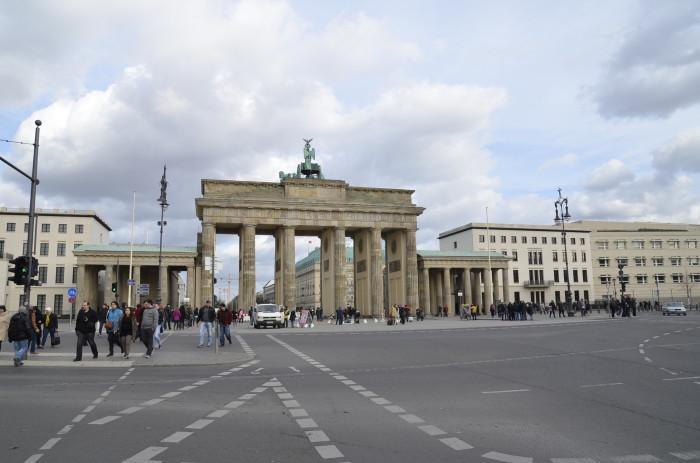 Berlin - ładne budynki i miasto w budowie (2)