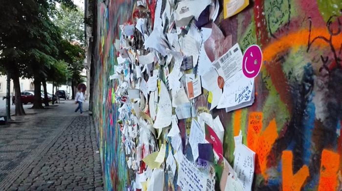 Ściana Johna Lenona - Praga 4