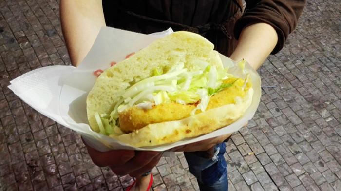 Fastfood - Praga - smażony ser w bułce