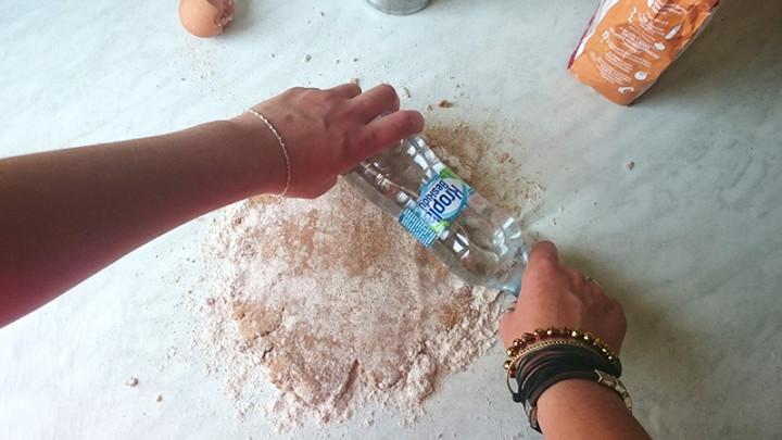 co zrobić z pustej butelki 1