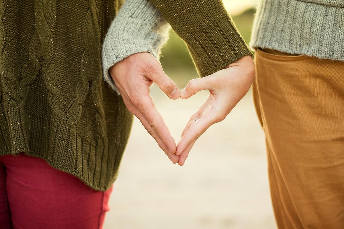 Lepiej smucić się i kochać, niż żyć bez miłości w szczęściu