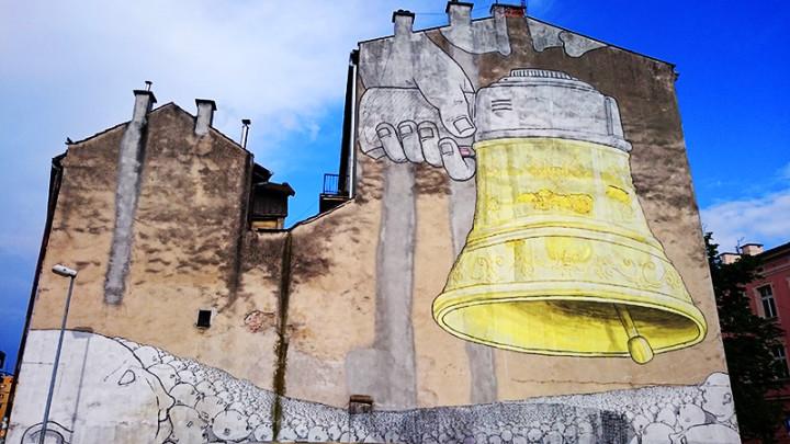 Kraków - murale - Budynek ZBK – róg ul. Józefińskiej i ul. Piwnej - Blu